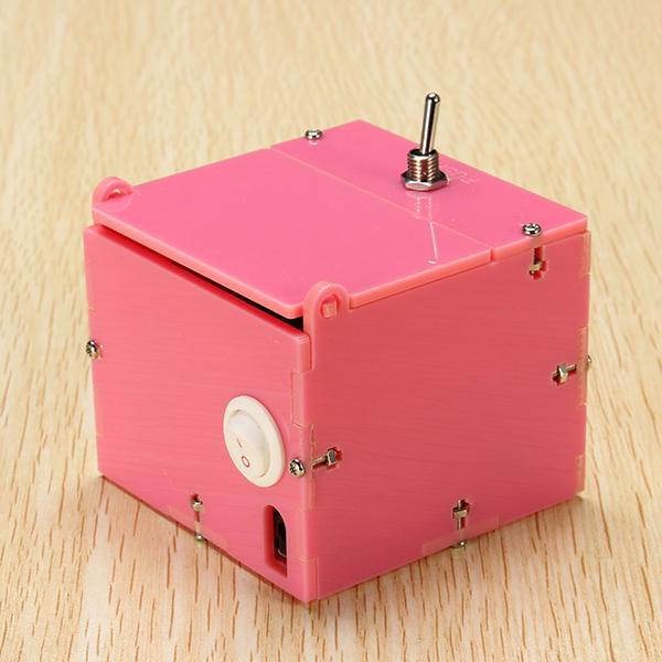 Mini Useless Box - DIY-Geek